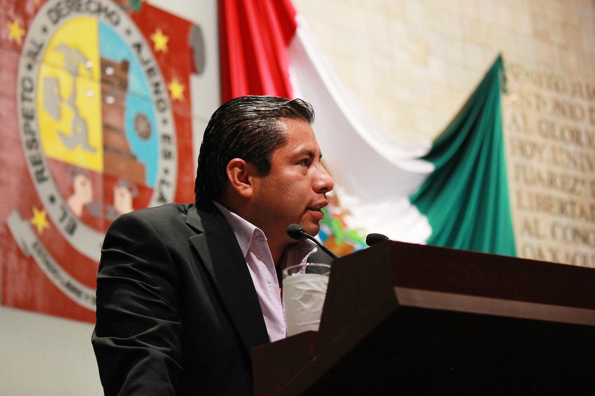 Fortalecer programas de lectura,  pide Adolfo García al Ejecutivo(20:19h)
