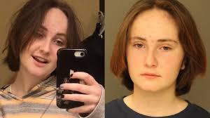 TikToker adolescente asesina a su hermana un día después de volverse viral (22:35 h)
