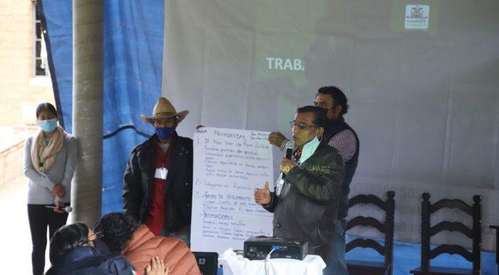 Mixtecos acuden a taller para fortalecer la preservación de las áreas naturales protegidas (14:00 h)